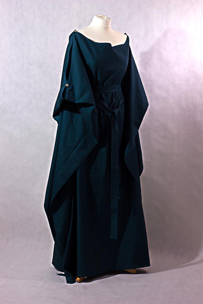 Mittelalterkleid Ceres in dunklem Petrol aus Baumwolle