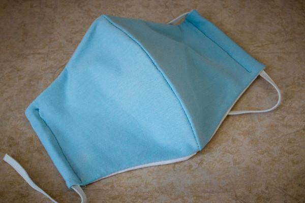 Behelfs-Mundschutz hellblau